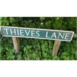 Who were the Thieves of Tuttington?